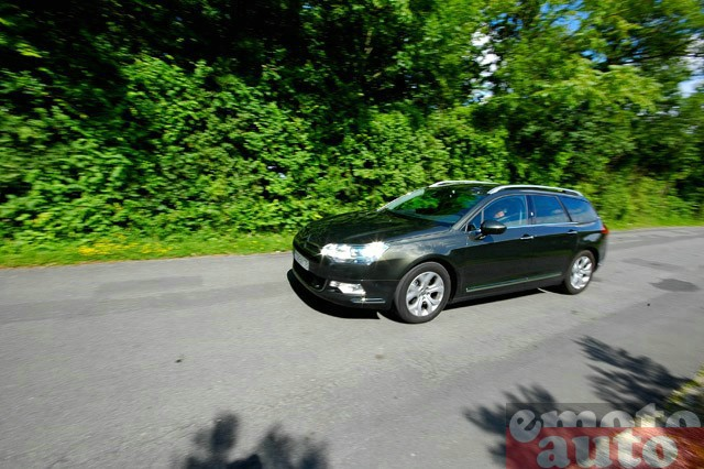 Photo Citroën C5 Tourer 2.0 HDi 138 modèle 2008