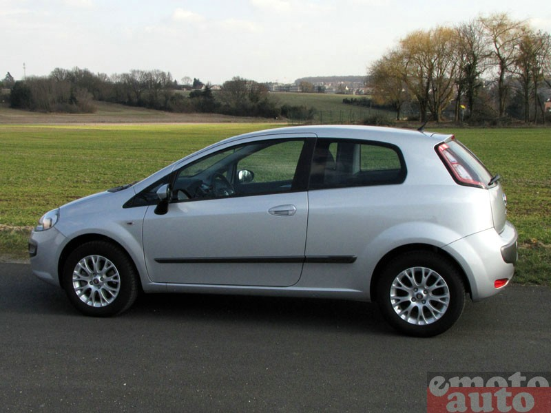 Photo Fiat Punto Evo 1.3 Multijet 95 modèle 2010