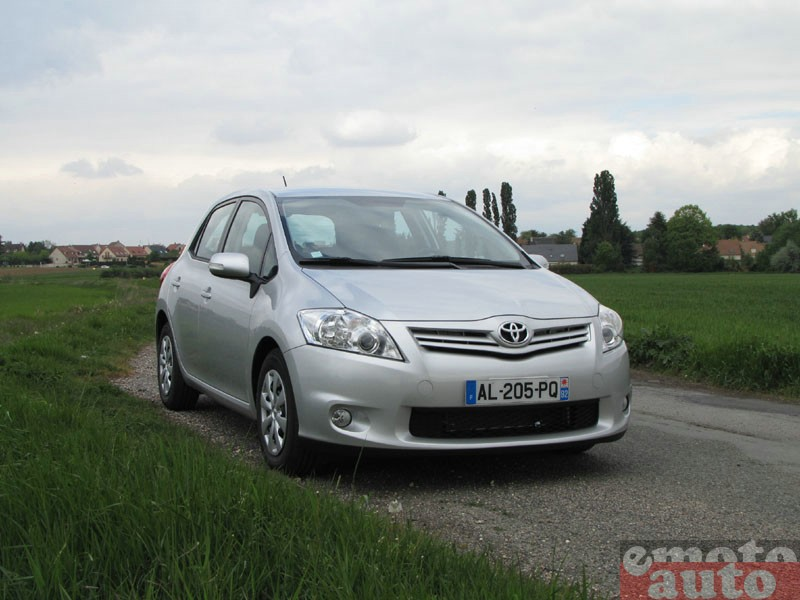 Photo Toyota Auris 1.4 D4D 90 modèle 2010