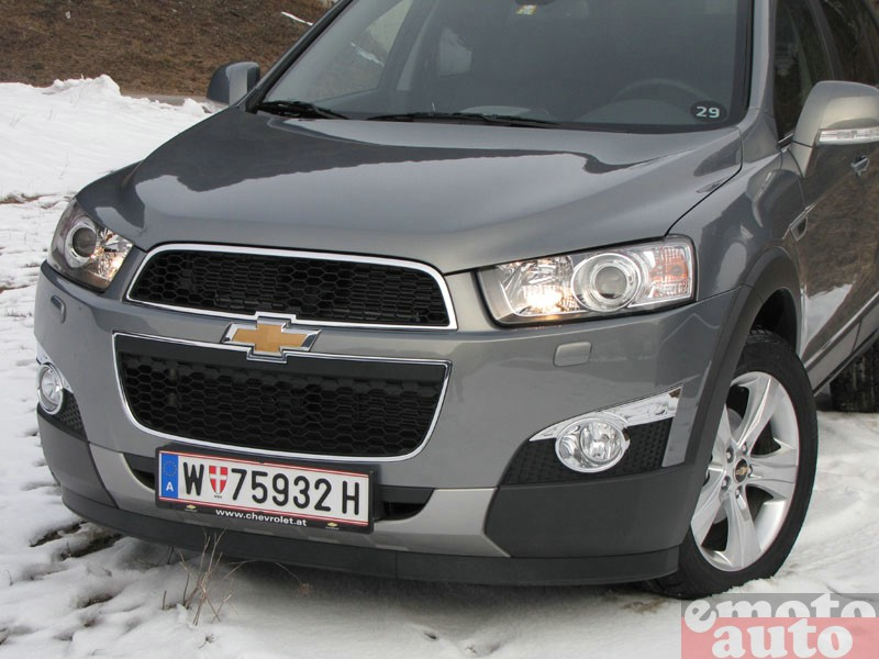 Photo Chevrolet Captiva 2.2 VCDi 184 4WD modèle 2011