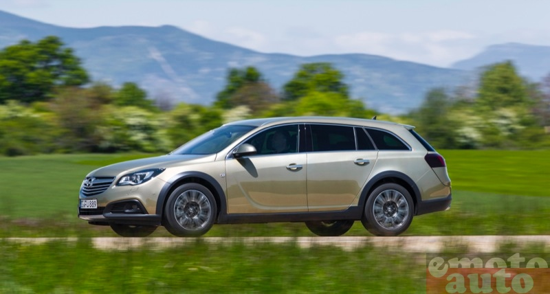 Photo Opel Insignia Country Tourer 2.0 CDTI 4x4 163 modèle 2014
