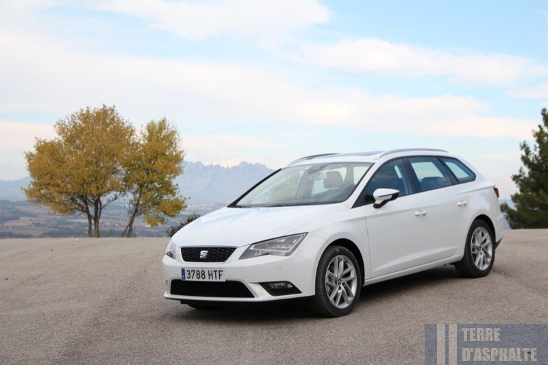 Photo Seat Leon ST 2.0 TDi 150 modèle 2014