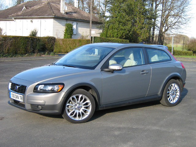 Photo Volvo C30 2.4i modèle 2007