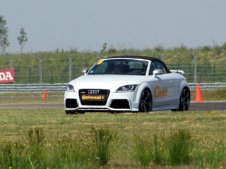contisportcontact 5p audi tt rs roadster