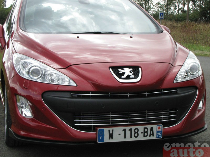 Photo Peugeot 308 GTI modèle 2010