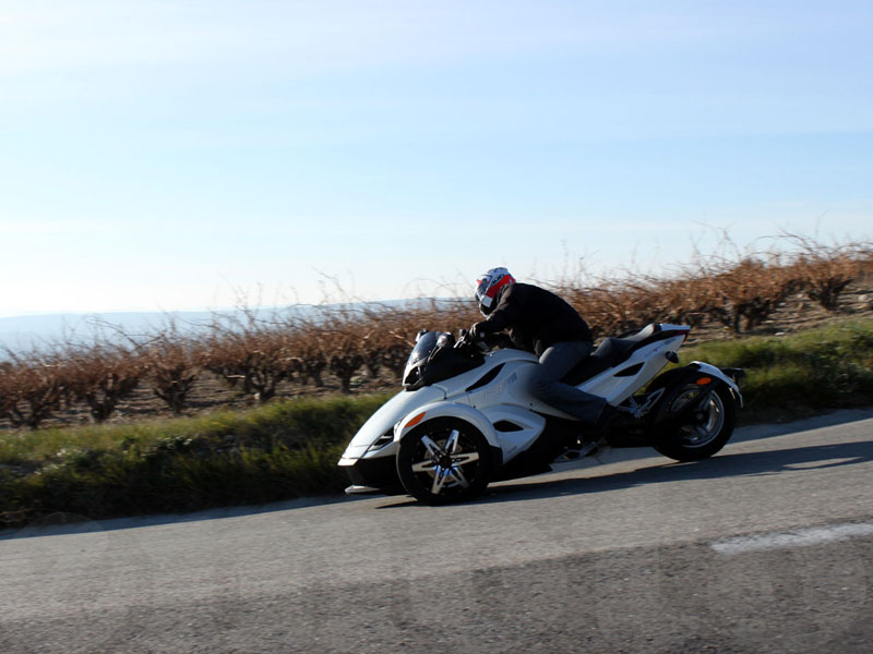 Essai Can-Am Spyder RSS SM5 2010 par Jean-Michel Lainé