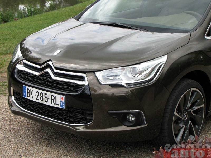 Photo Citroën DS4 1.6 THP 200 modèle 2011