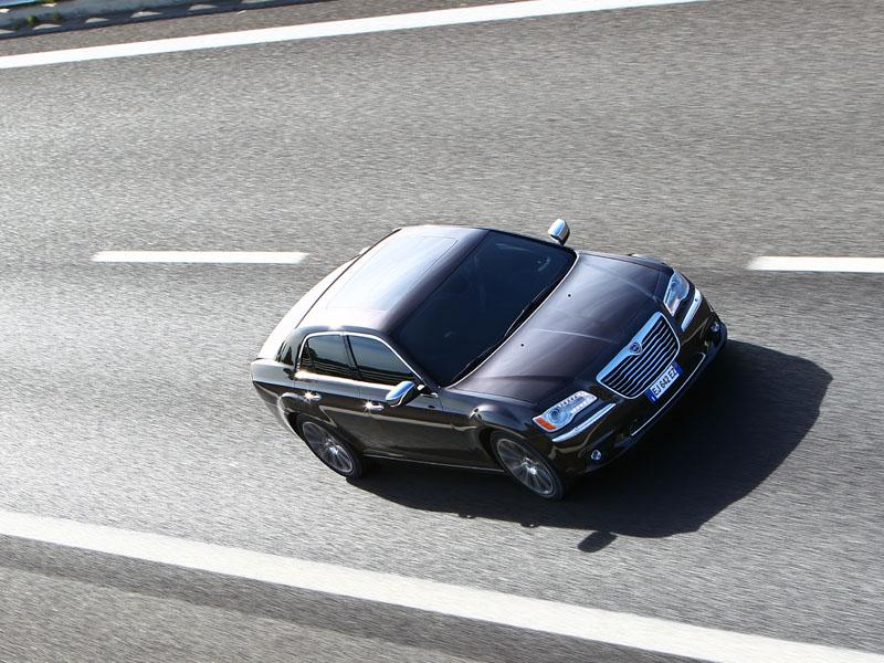 Essai Lancia Thema 3.0 Multijet 239 2012 par Jean-Michel Lainé