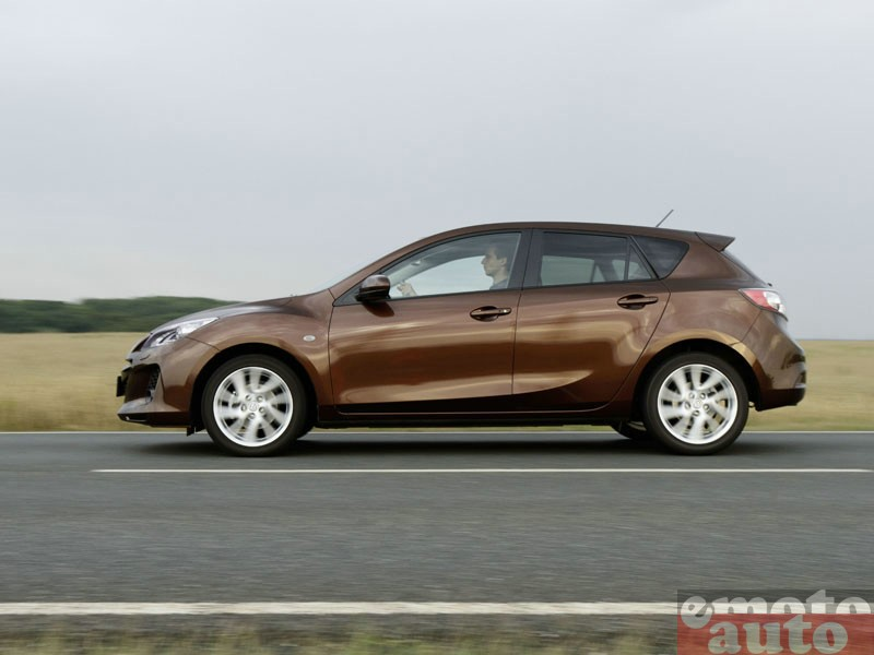Photo Mazda Mazda3 1.6 MZ-CD 115 modèle 2011