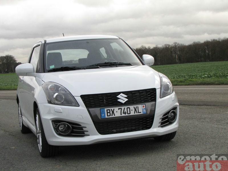 Photo Suzuki Swift Sport modèle 2012