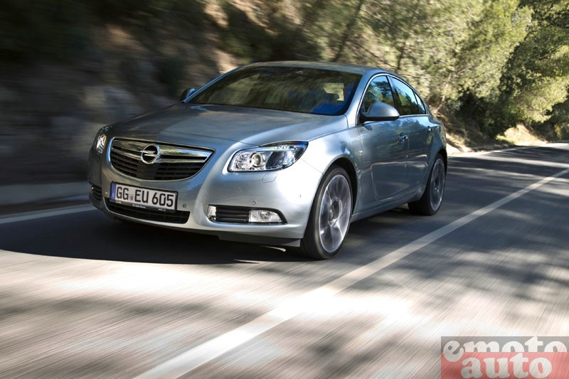 Photo Opel Insignia 2.0 CDTI 185 biturbo modèle 2012