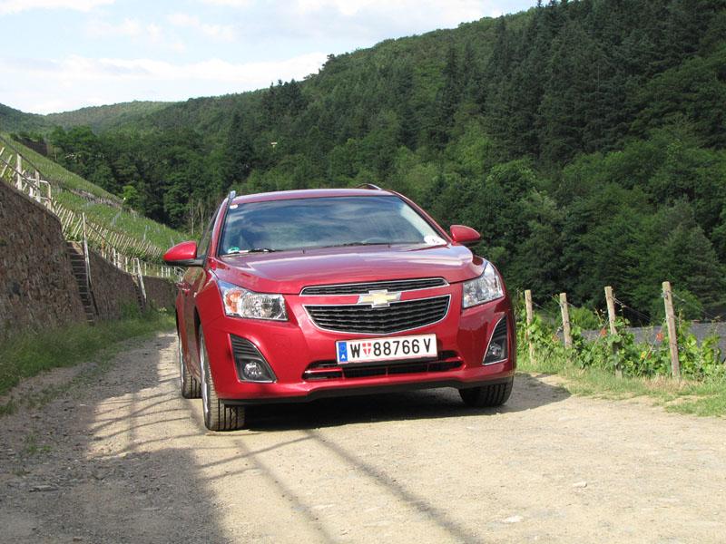 Essai Chevrolet Cruze SW 1.7 VCDI 131 et 1.4 16v 140 2012 par Jean-Michel Lainé