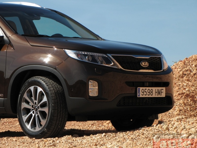Photo Kia Sorento 2.2 CRDi 197 4WD modèle 2012