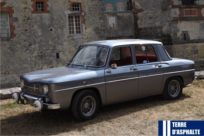 indemodable renault 8